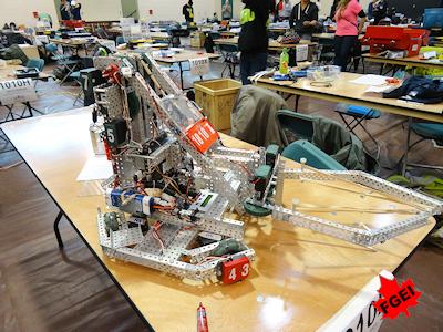 カナダの高校生 ロボット競技大会 004