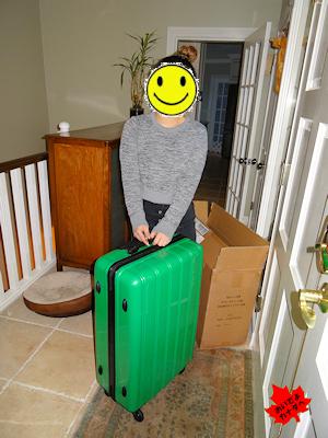 新しいスーツケース 02