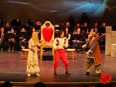 カナダの高校ミュージカル 03