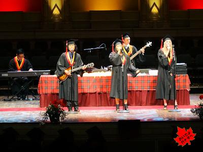 カナダの高校卒業式 02