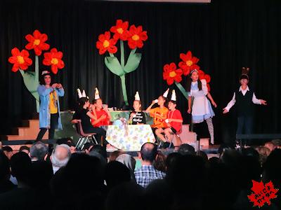 カナダの小学校 ミュージカル 04