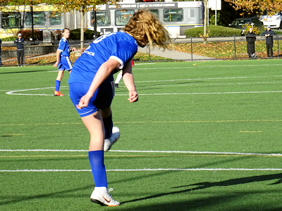 カナダの中学生 女子サッカー 06