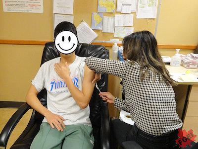 予防接種を受けるR君