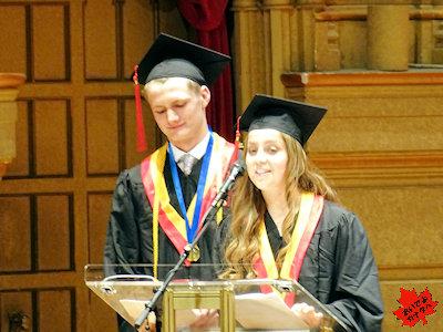 カナダの高校 卒業式 卒業生代表のスピーチ