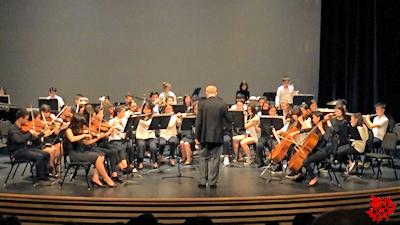 カナダの高校 最後のコンサート オーケストラ