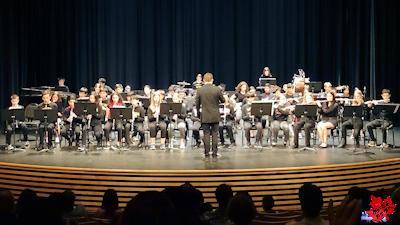 カナダの高校 最後のコンサート コンサートバンド
