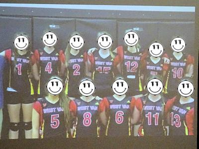 MMコーチのバレーボールチームのメンバー