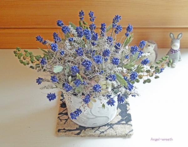 lavenderpot.jpg