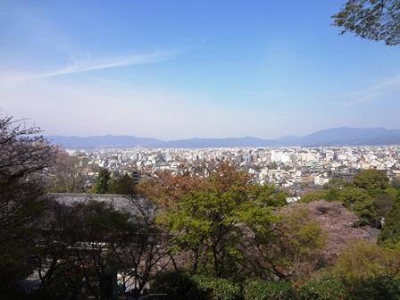 h260411:護国神社002