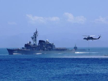 h260725:海上自衛隊展示訓練015