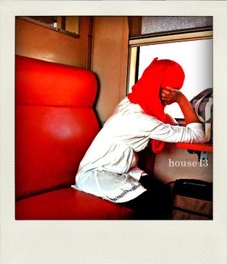 モロッコ、列車、少女、タンジェ