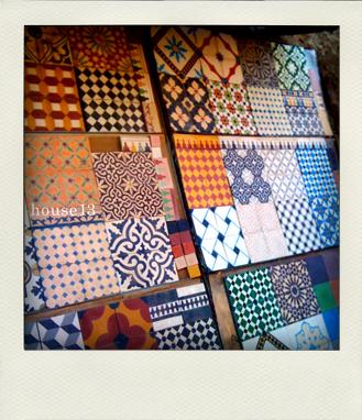 モロッコの石膏タイル様々な見本