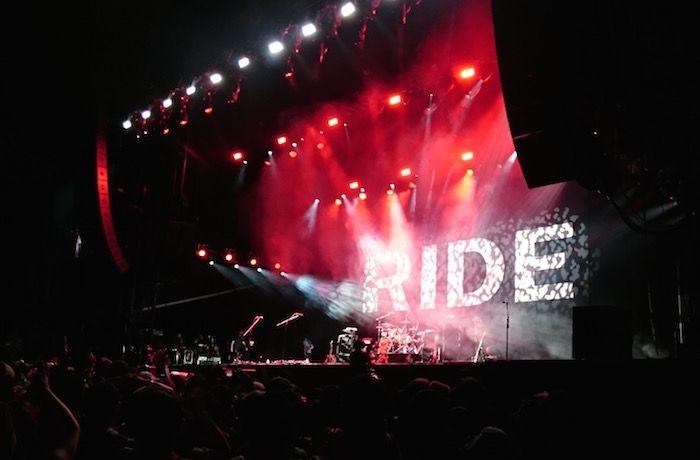 フジロック2015、最終日。念願の再結成ライドのライブを見た
