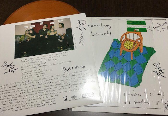 Courtney Barnett@恵比寿LIQUIDROOMでメンバーからアナログ盤にサインももらいました