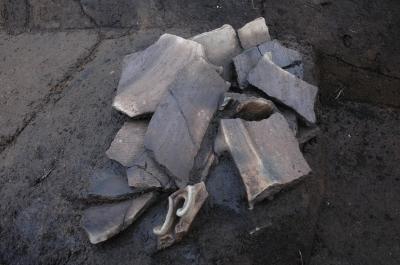 壊れてから捨てられた土器