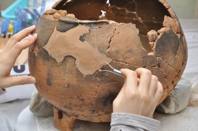 土器の修復