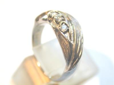 スズランの結婚指輪