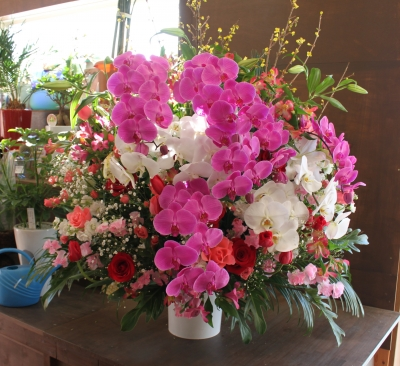 お祝いのスタンド花 いわき市 小名浜の花屋 花国湘南台