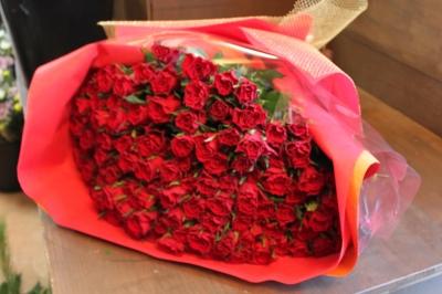 赤バラ 花束 いわき市 小名浜の花屋 花国湘南台店