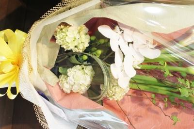 カラー お祝い アレンジ 花束 ギフト いわき市 小名浜の花屋 花国湘南台店