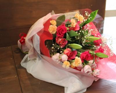 花束 アレンジ お祝い 誕生日 プレゼントいわき市小名浜の花屋 花国湘南台店