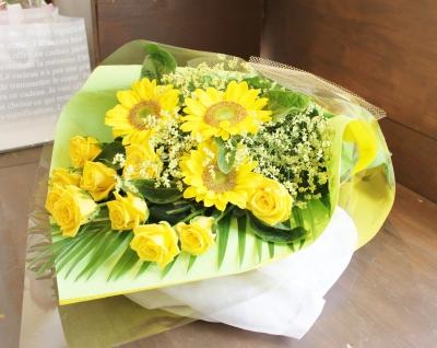 ひまわり 花束 バラ いわき市小名浜の花屋 花国湘南台店