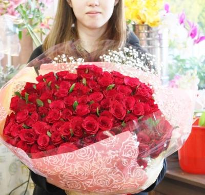 赤バラ 花束 100本 いわき市小名浜の花屋 花国湘南台店