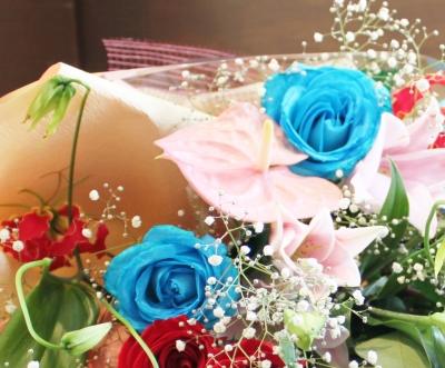 お誕生日 お祝い 花束 いわき市小名浜の花屋 花国湘南台店