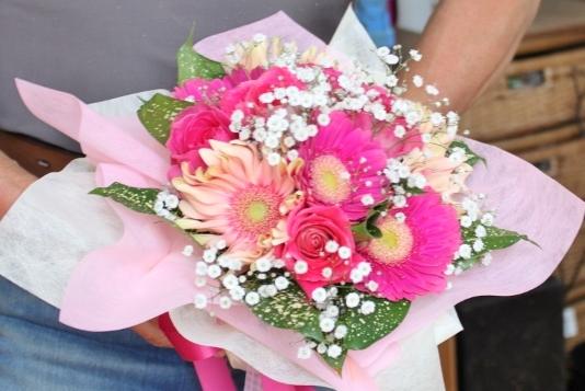 ミニブーケ いわき市小名浜の花屋 花国湘南台店