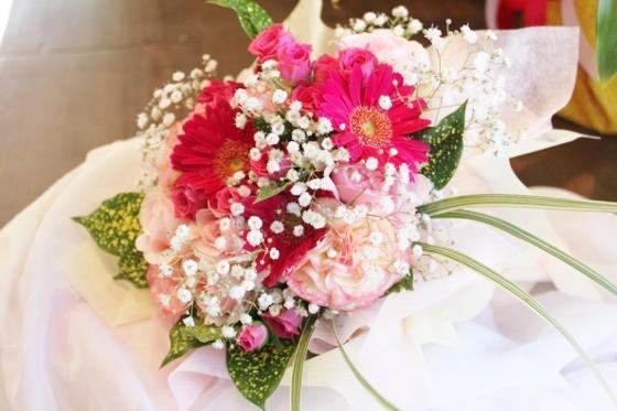 ブーケ 花束 かわいい いわき市小名浜の花屋 花国湘南台店
