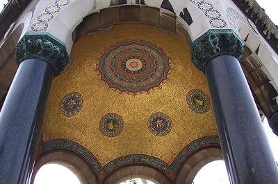 ウィルヘルム2世の泉の内部