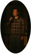 湖北省話劇院の院長周一鳴さんが開演前に舞台挨拶をしてくださいました。
