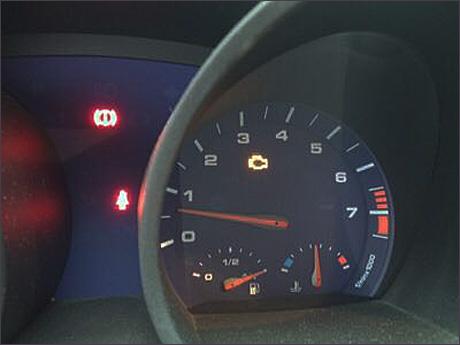 BMW Z4 エンジンチェックランプ