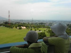 甲府盆地を一望。