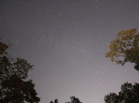 太平町の夜空