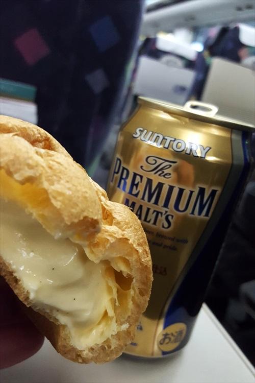 ビールとシュークリーム