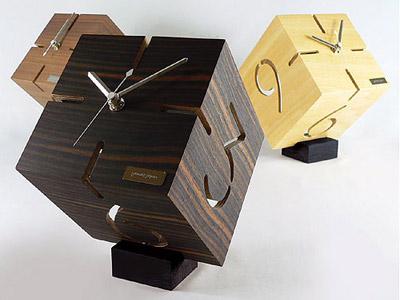 パズルスタンド置き時計