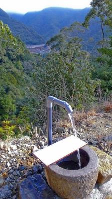 世界遺産の天然水★果無の水