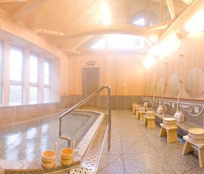 滝の湯内湯