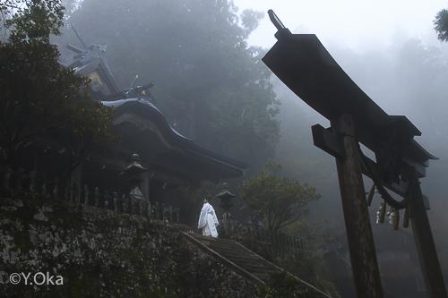 幽玄の玉置神社