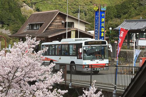 十津川温泉バス