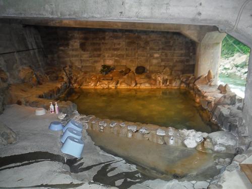 上湯温泉河原露天風呂