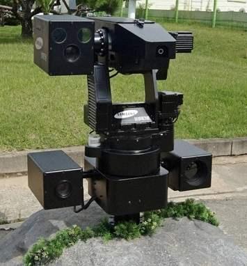 自動戦闘ロボット