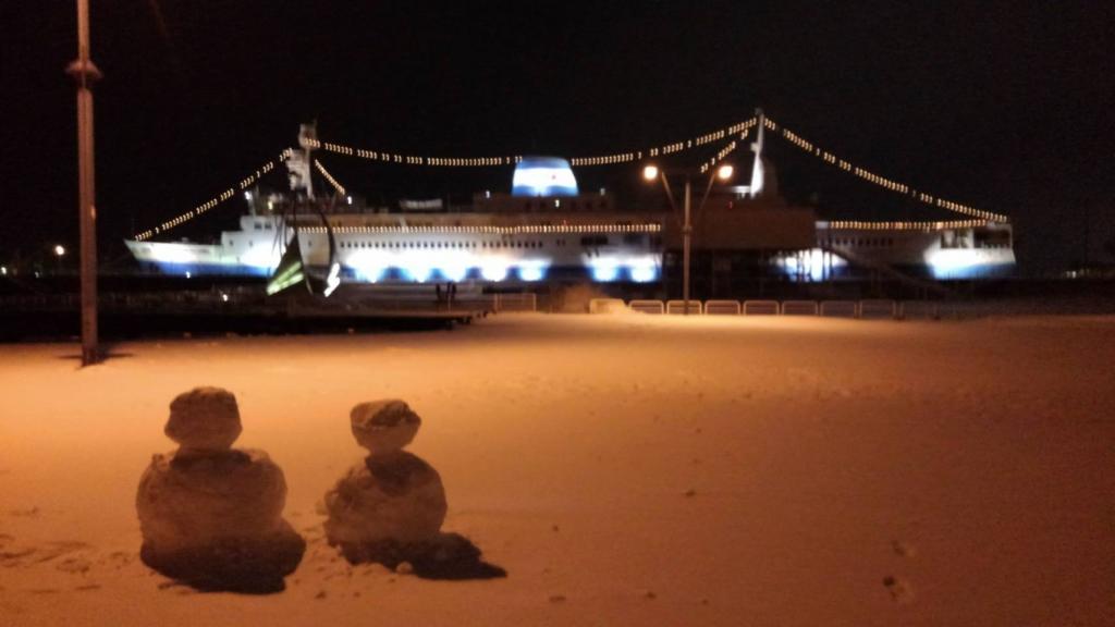 摩周丸と雪だるま