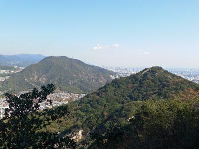 東山と高取山