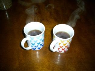 2杯のコーヒー出来上がり