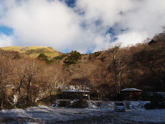 白髪山登山口