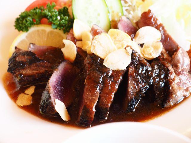 鹿肉のステーキ定食