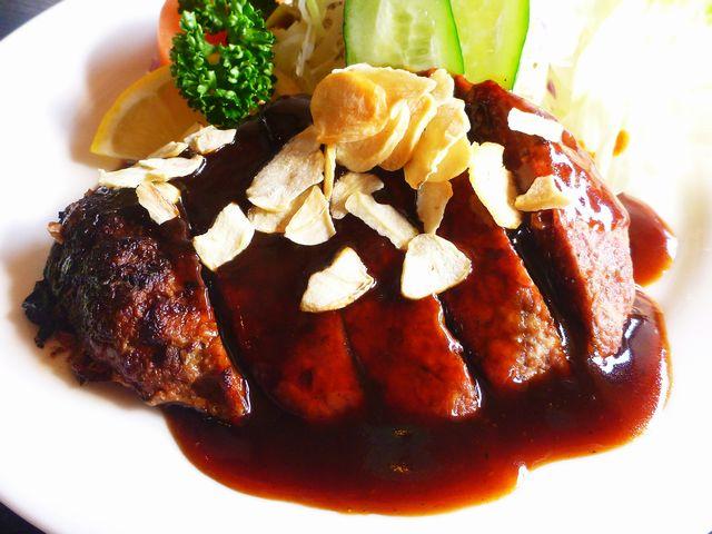 鹿肉のハンバーグ定食