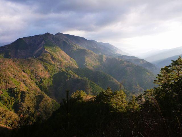勘定山への稜線